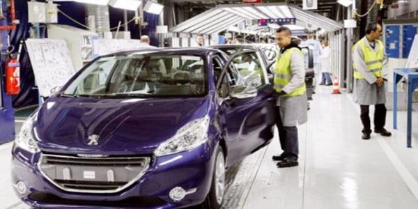 إعلانات توظيف أزيد من 950 منصب في مجال الكابلاج وصناعة السيارات بعدة مدن