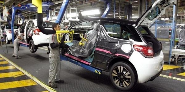 إعلانات توظيف أزيد من 850 منصب في مجال الكابلاج وصناعة السيارات بعدة مدن