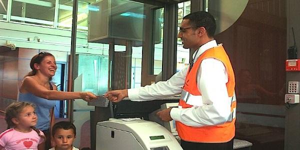 مطار محمد الخامس الدار البيضاء : 87 فرصة عمل براتب شهري يصل 5200 درهم